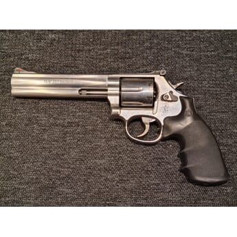 SMITH & WESSON 686 .357 MAG 6""